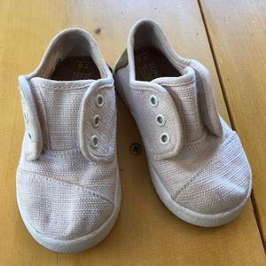 Other - EUC Toms Sneakers